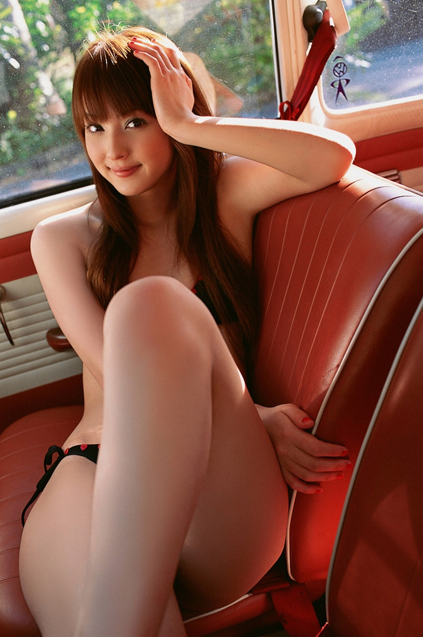 hot naked asian in car